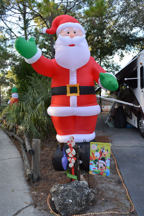 MouseSteps - Fort Wilderness Christmas Decorations and ...